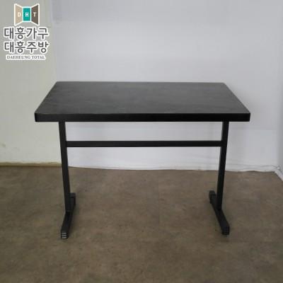 목재 테이블(600x1000)34EA